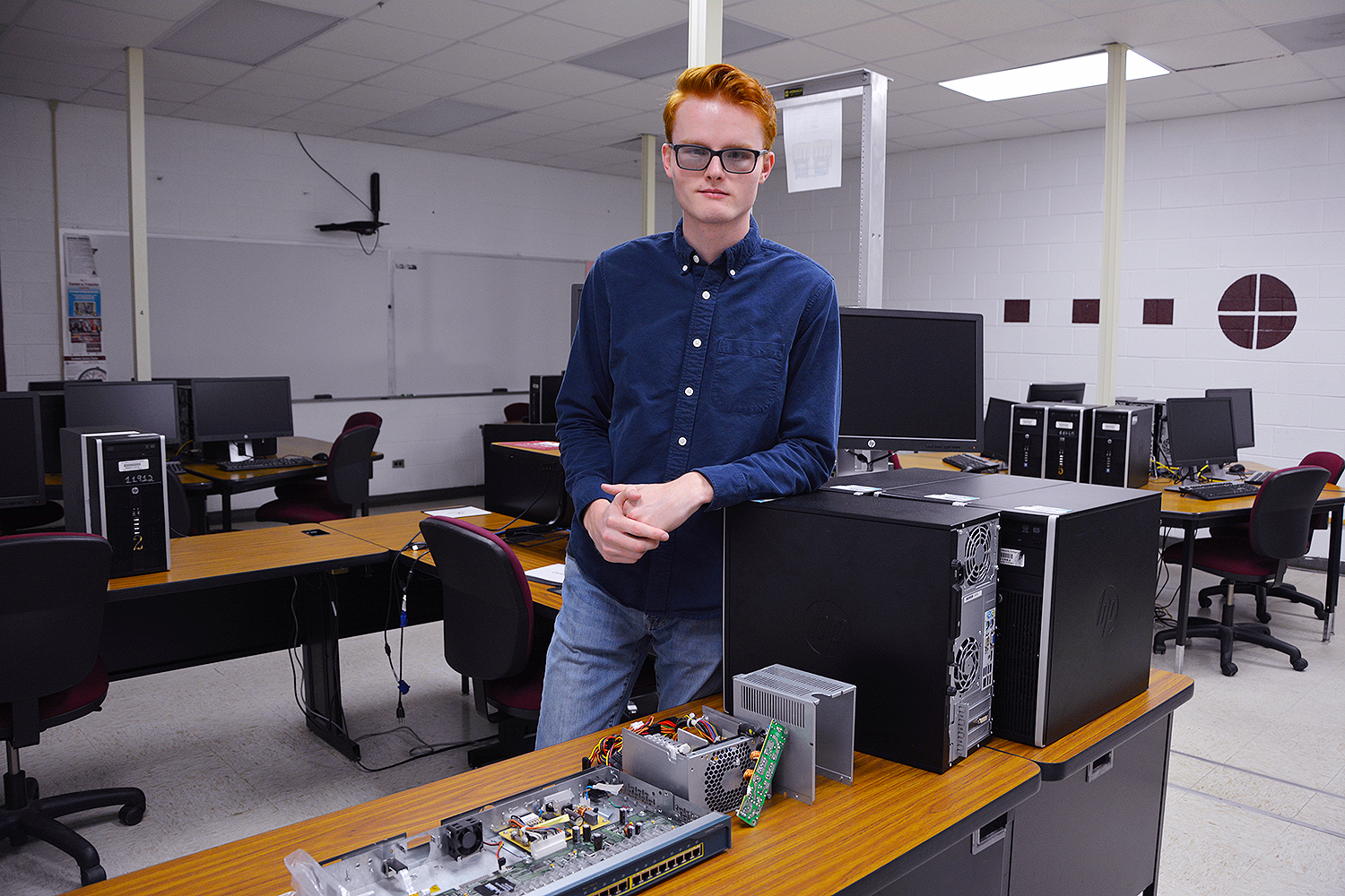 Hunter O'Neal stands in the computer lab at RCC